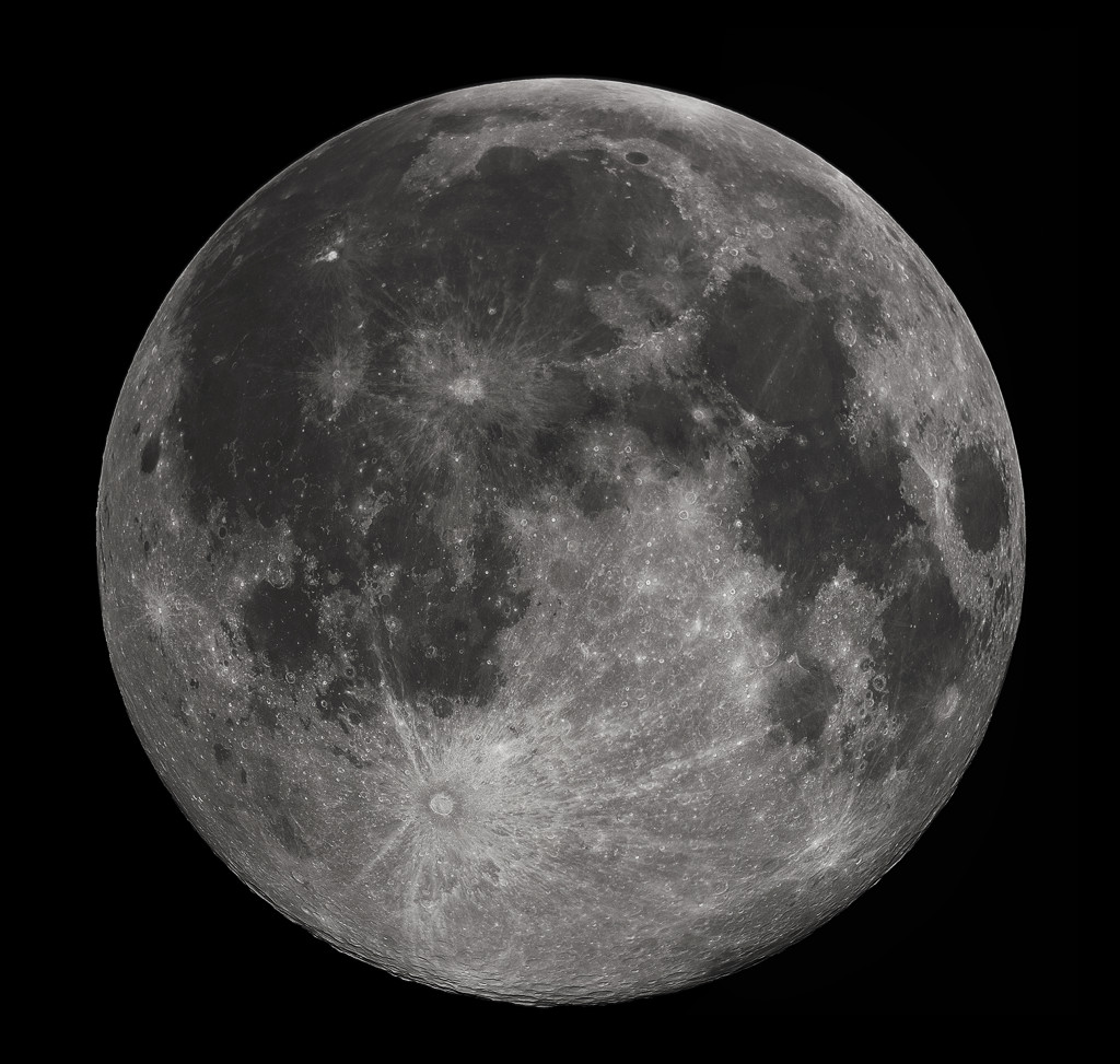 Full Moon 2010 by Gregory H. Revera